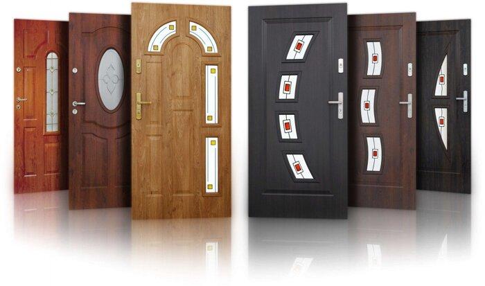 Двери в квартиру, в дом