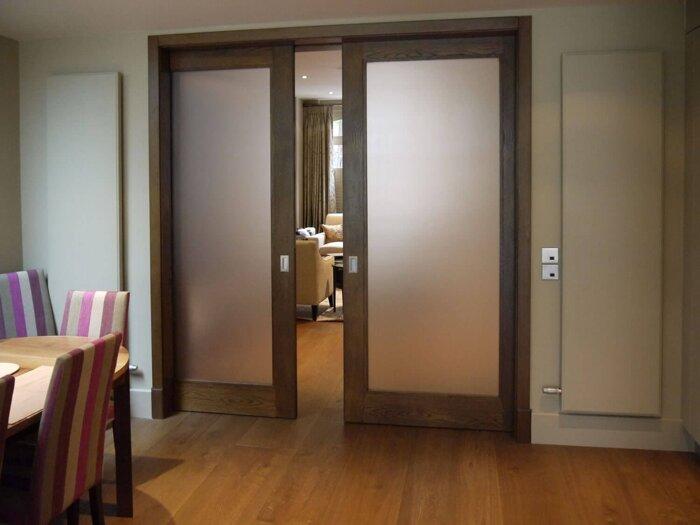 Двери в гостинную