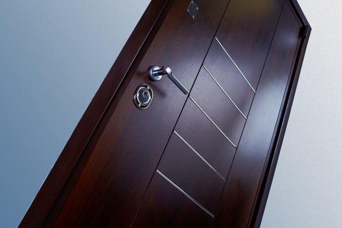 Двери бронированные в квартиру