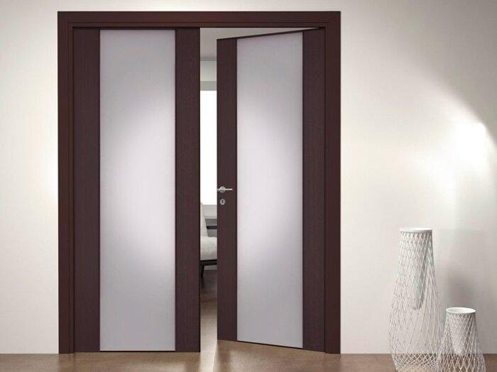 Двухстворчатые двери, двери в зал