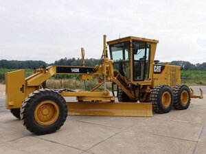 Грейдер Caterpillar 140K Ripper Pushblock